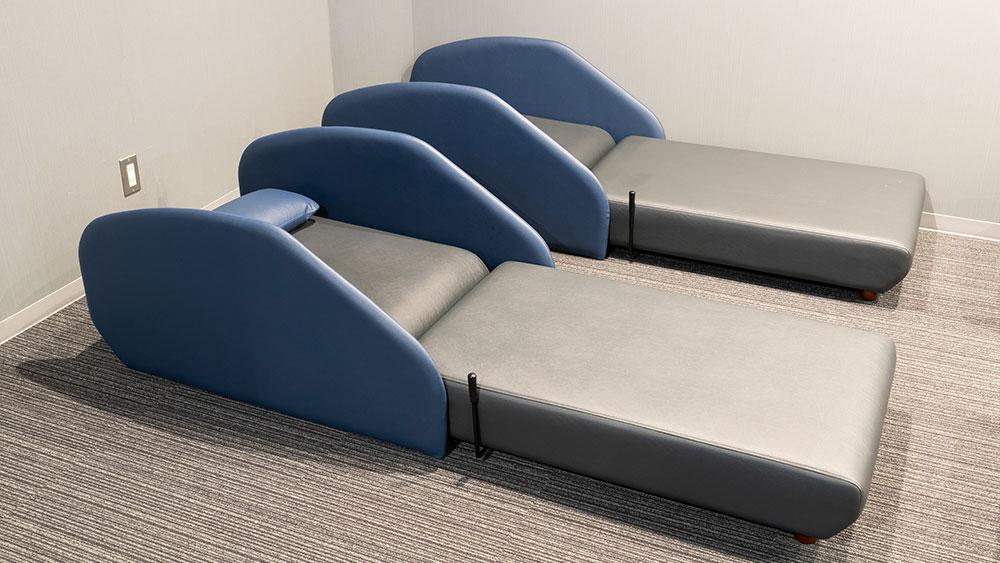 男性仮眠ベッド 暖房・毛布完備でごゆっくりお休み頂けます。